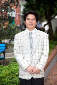 陳顯榮校長照片
